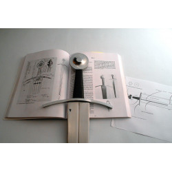 Black Armoury - Oakeshott Type XIV Sword N°1